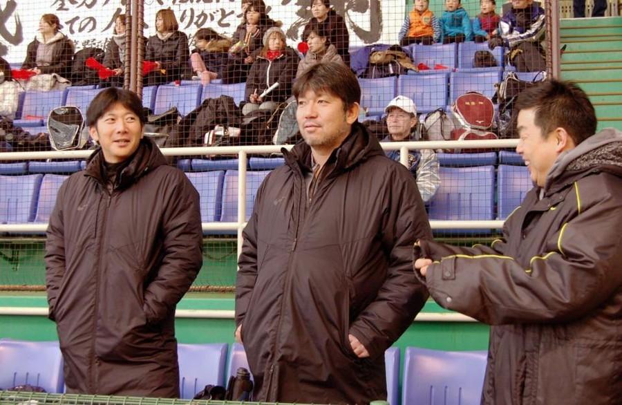 『元大リーガーの野茂氏と西武・栗山が火花散らす!!兵庫で少年野球』 デイリースポーツより