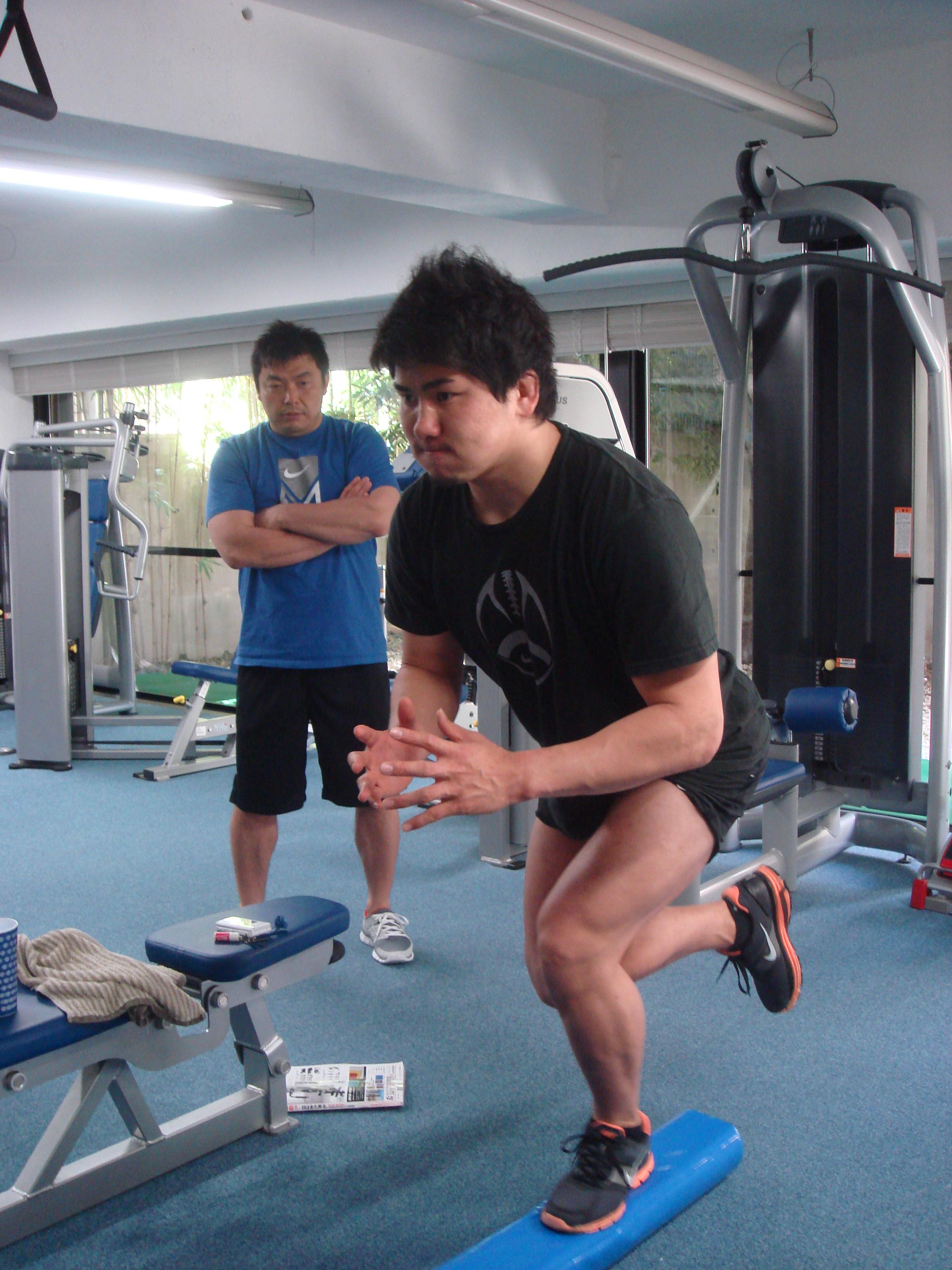 西原忠佑選手   コアトレーニング