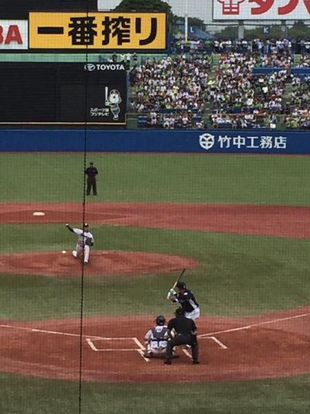 栗山選手1500本安打の瞬間