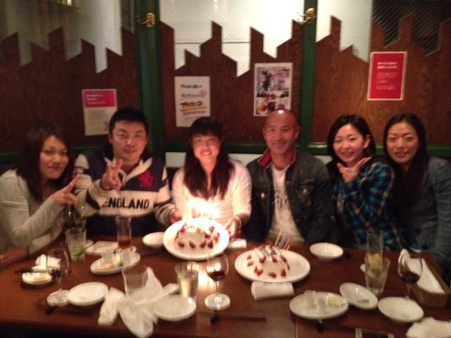 遅ればせながら、あゆみ選手と丸山コーチの誕生会をしました!!